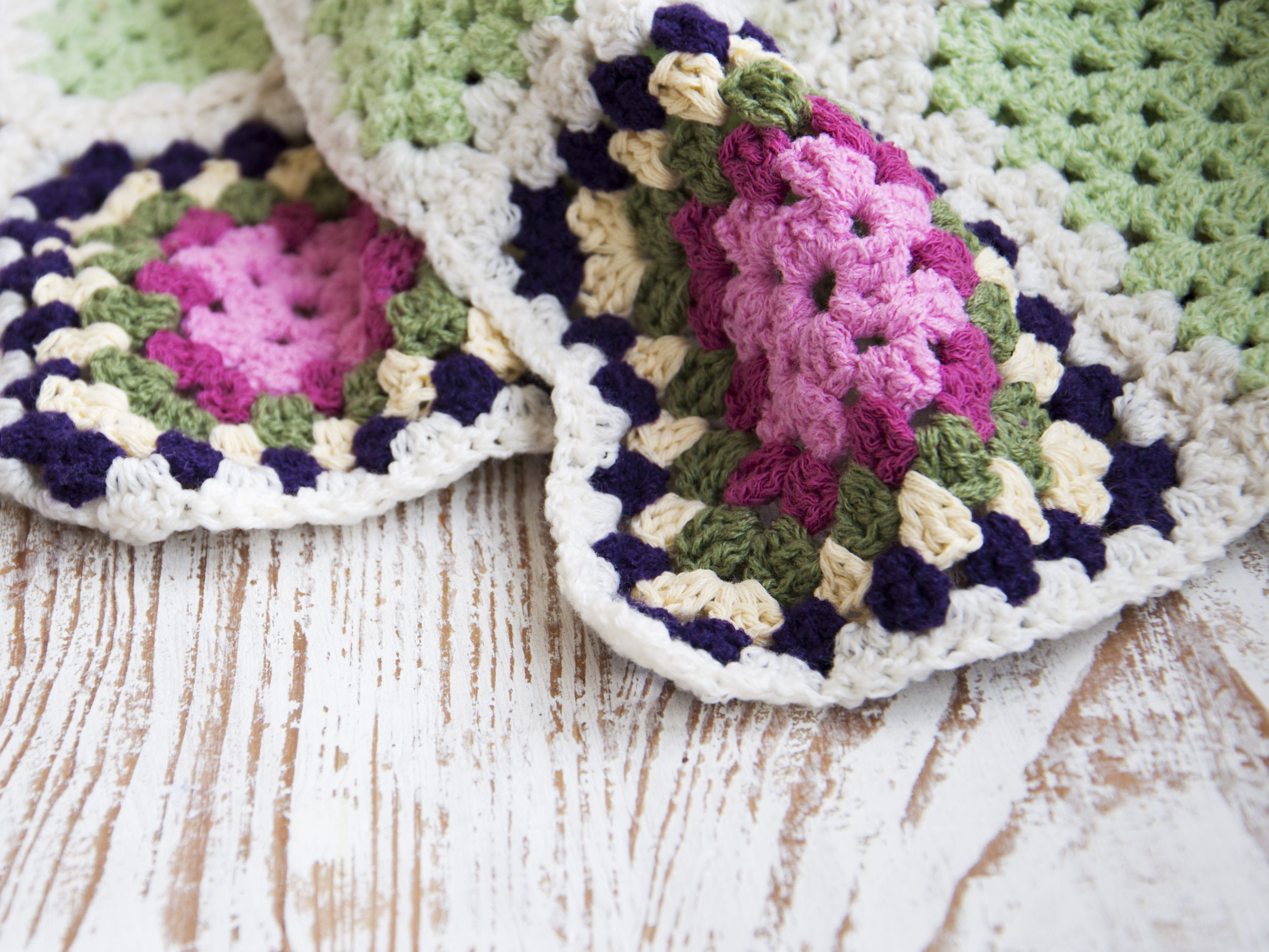 12 Adorable Crochet Baby Blanket Patterns
