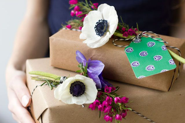 Fresh flowers paired with gift tags
