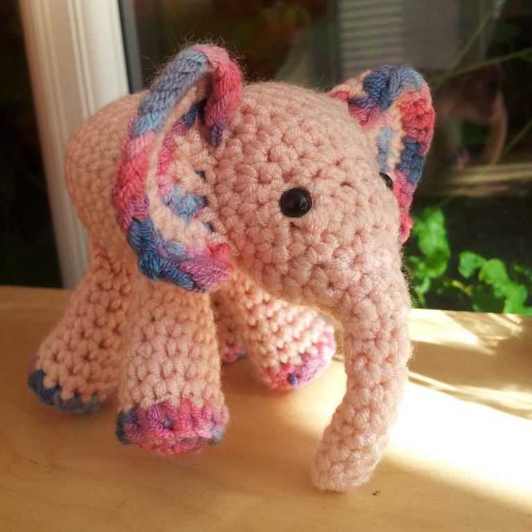 Amigurumi elephant crochet, Mini elephant plush, Tiny crochet ... | 768x768