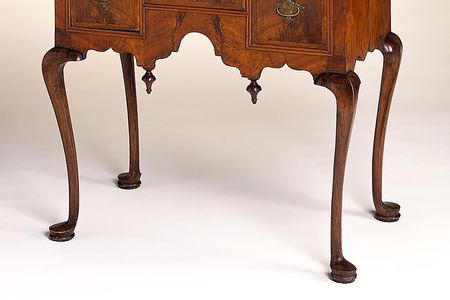 Dressing Table with Cabriole Legs - Know Your Furniture Leg Styles