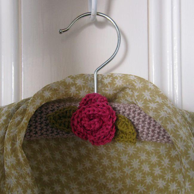 Rose Crochet Hanger Cover Pattern