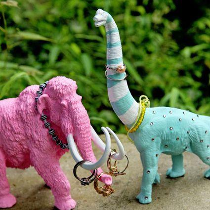 Dinosaur jewelry holders