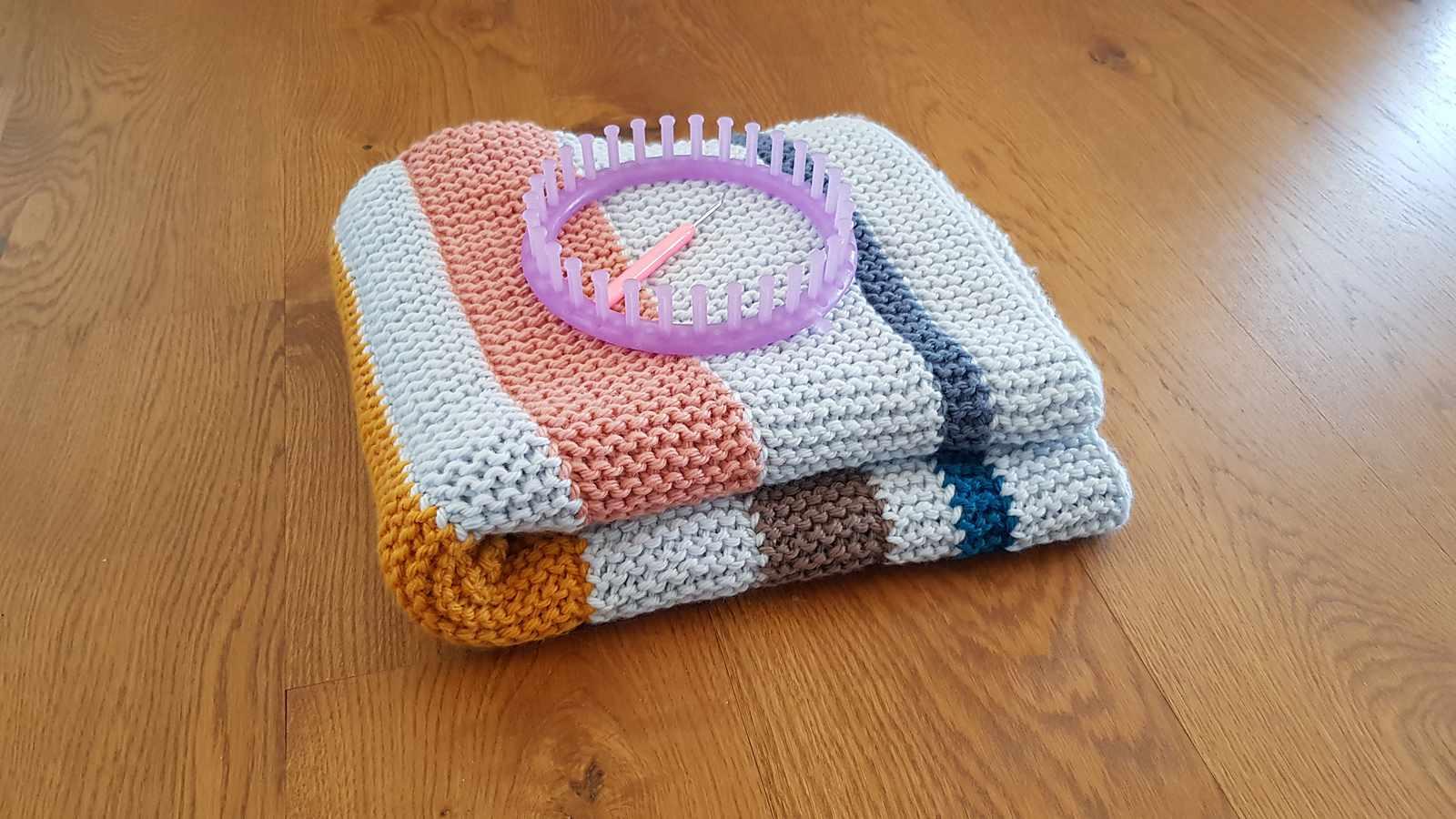 Garter Stitch Blanket Loom Knitting Pattern