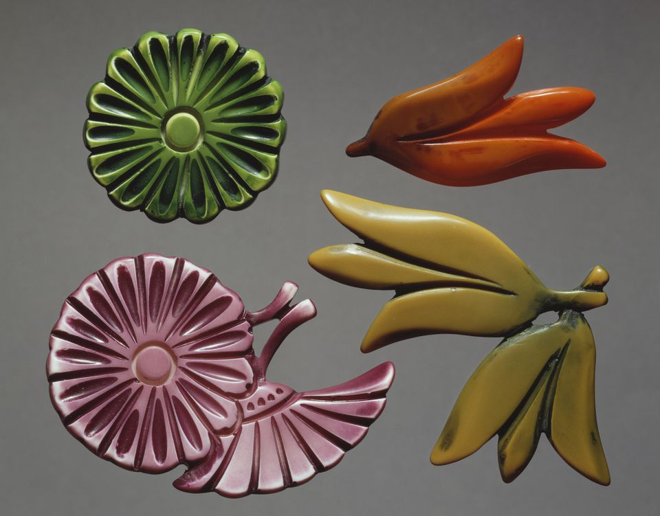 Bakelite brooch, 1940s, 20th century