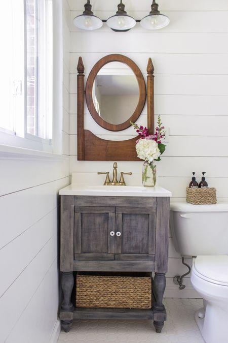 A Small DIY Bathroom Vanity