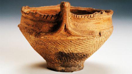 Jomon-pottery-sized-583da8b73df78c6f6af7