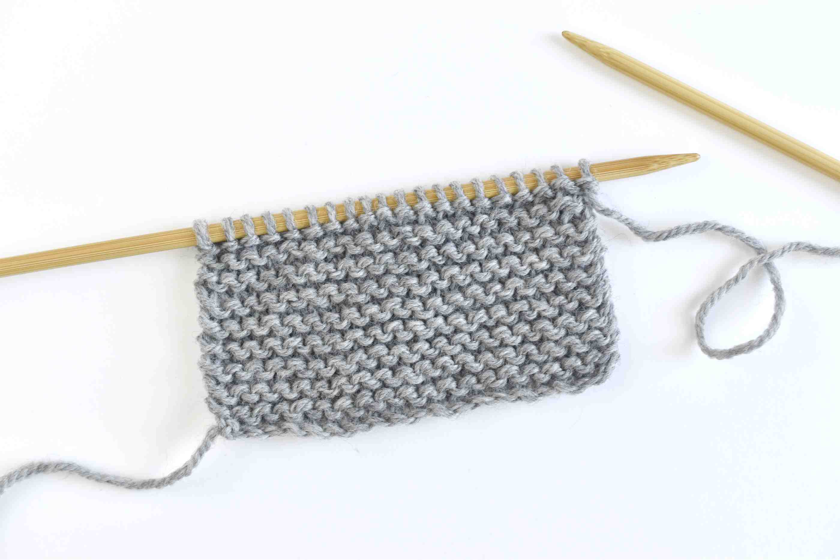 How to Work Garter Stitch in Knitting