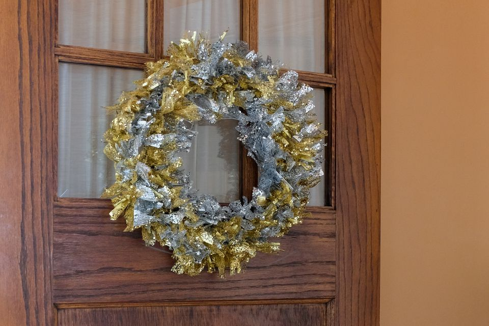 diy ribbon wreath final