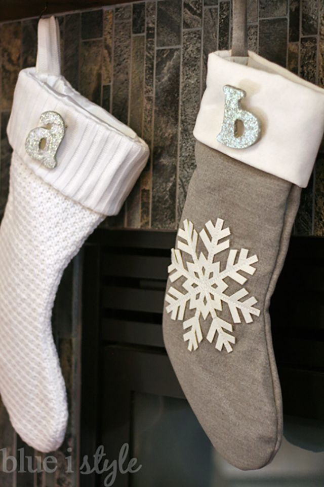 how to decorate a stocking