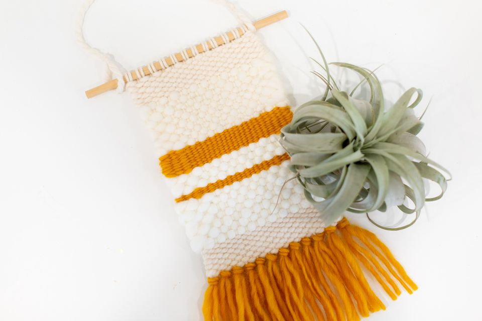 DIY Mini Woven Wall Hanging