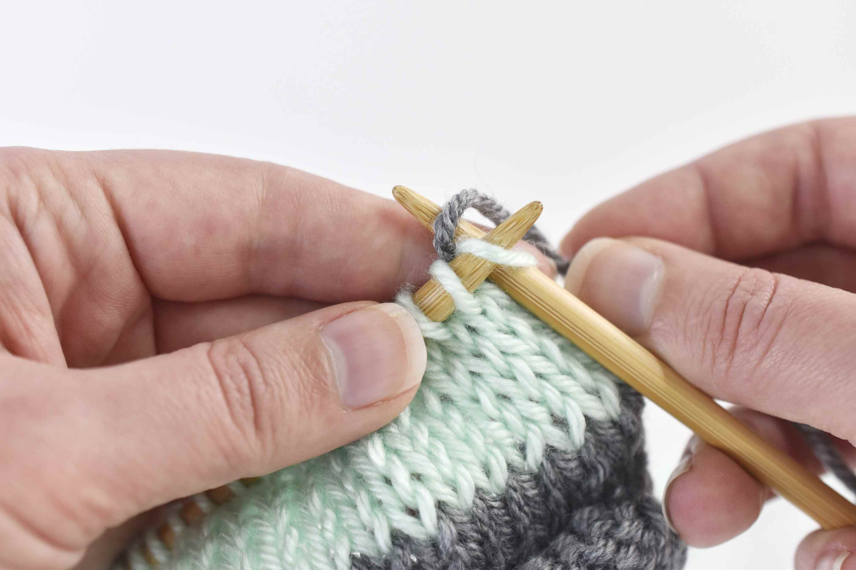 Change to the Carried Yarn