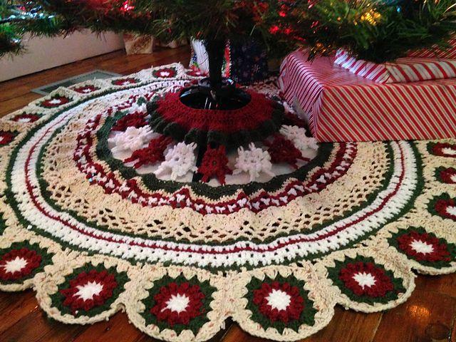 9 Crochet Christmas Tree Skirts
