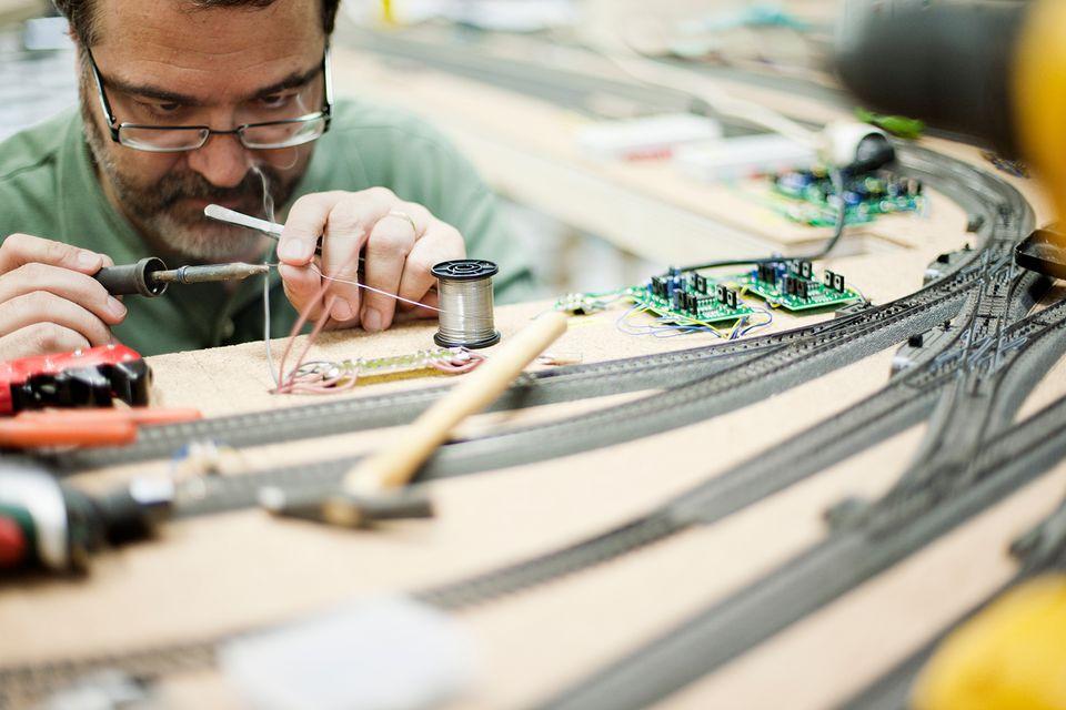 Model train builder working.