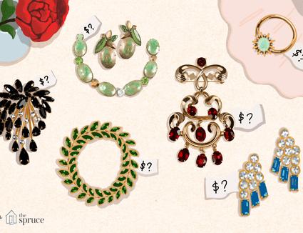 Illustration of vintage costume jewelry