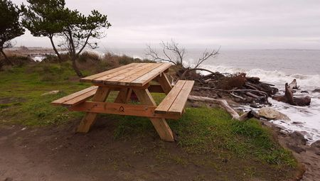 Free Picnic Table Plans In All Shapes And Sizes - Square picnic table with benches