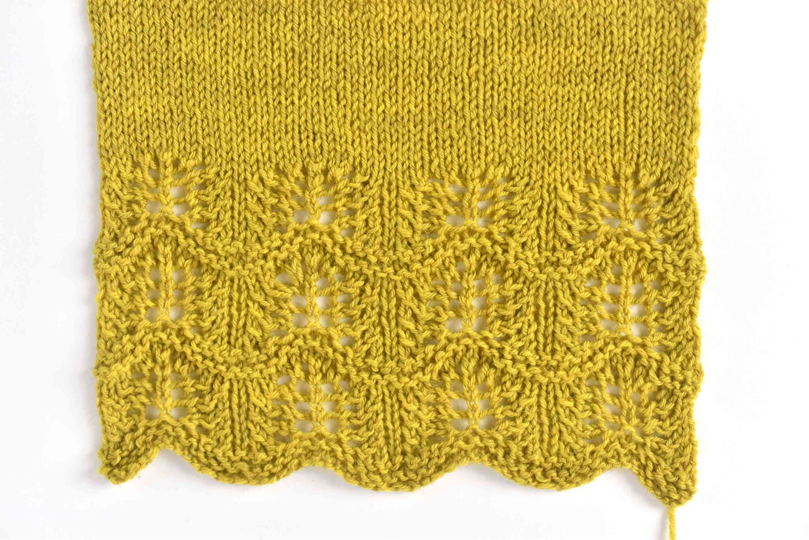 Graceful Waves Knitting Swatch