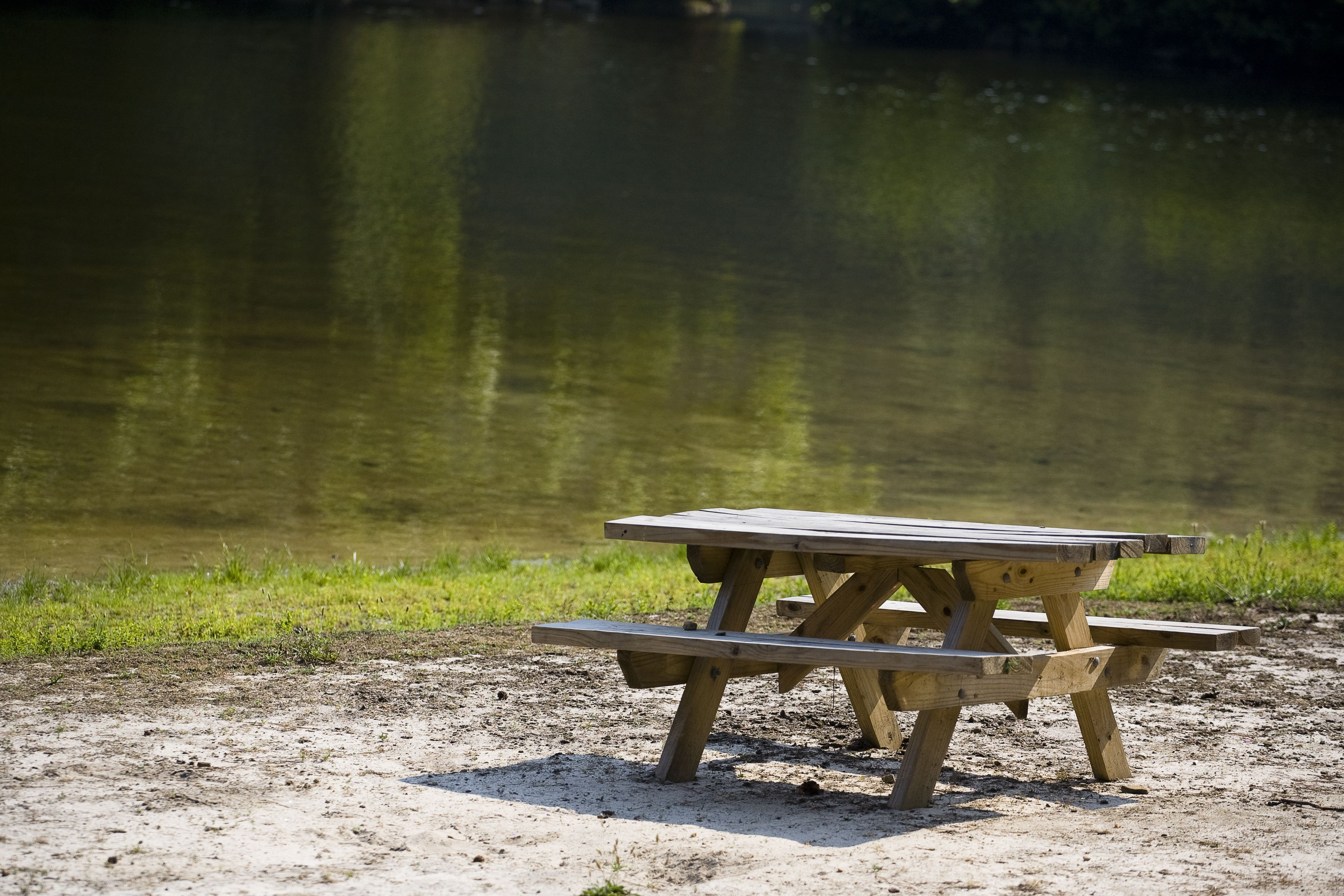 Free Picnic Table Plans In All Shapes And Sizes - Picnic table supplies