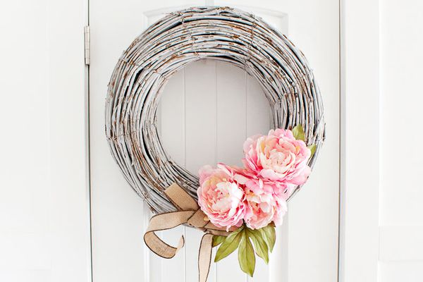 DIY Spring peony wreath