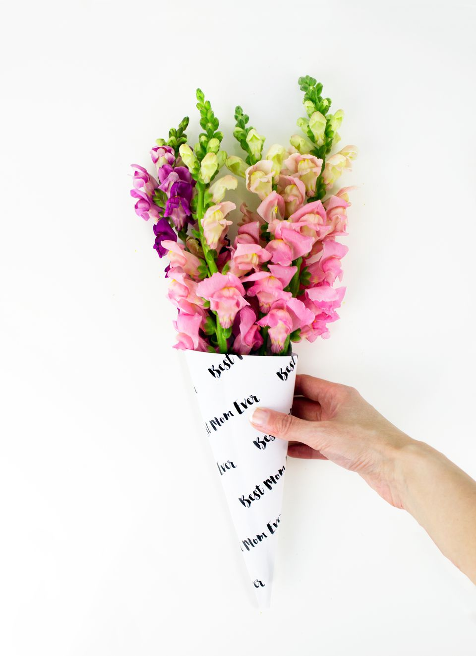 DIY Mother's Day Flower Bouquet Wrap