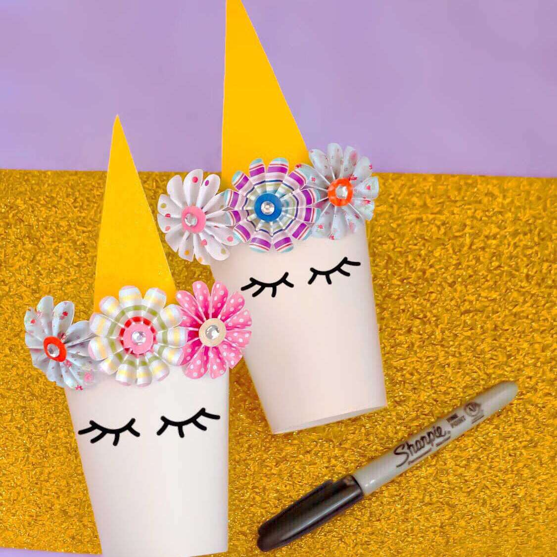 unicorn party favor cups made with paper