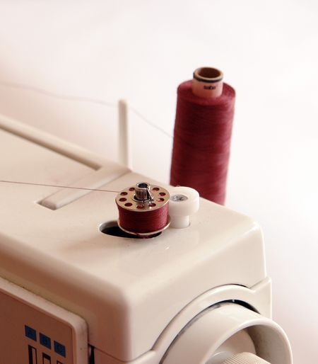 How To Thread A Sewing Machine Bobbin Adorable Bobbin Pin Sewing Machine