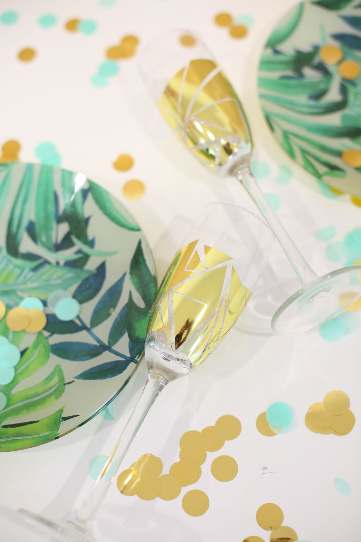 DIY Fun Patterned Champagne Flutes