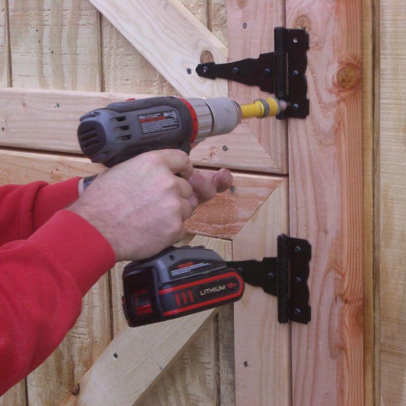 Installing the barn door