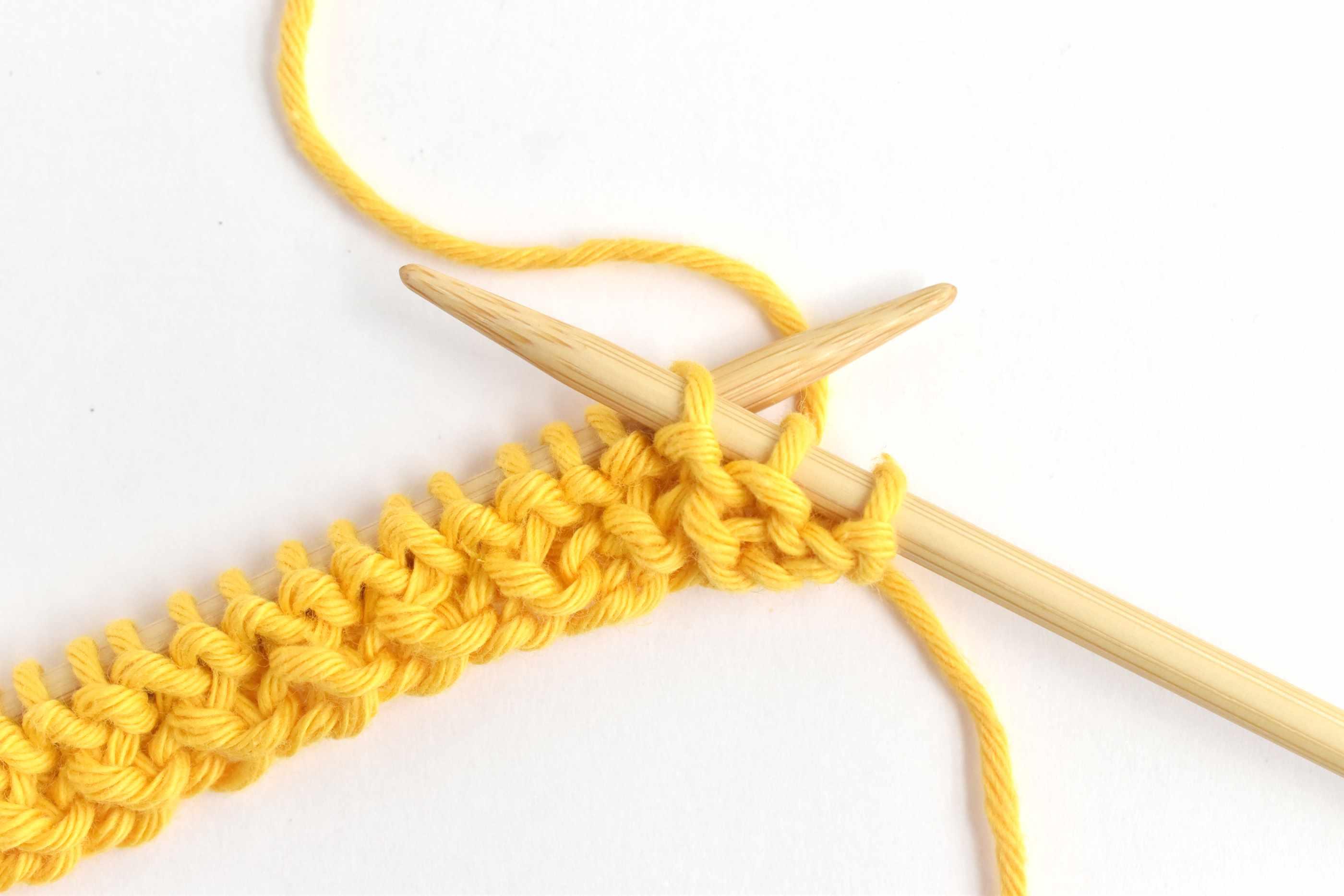 Honeycomb Stitch Row Four: Slipping the Third Stitch