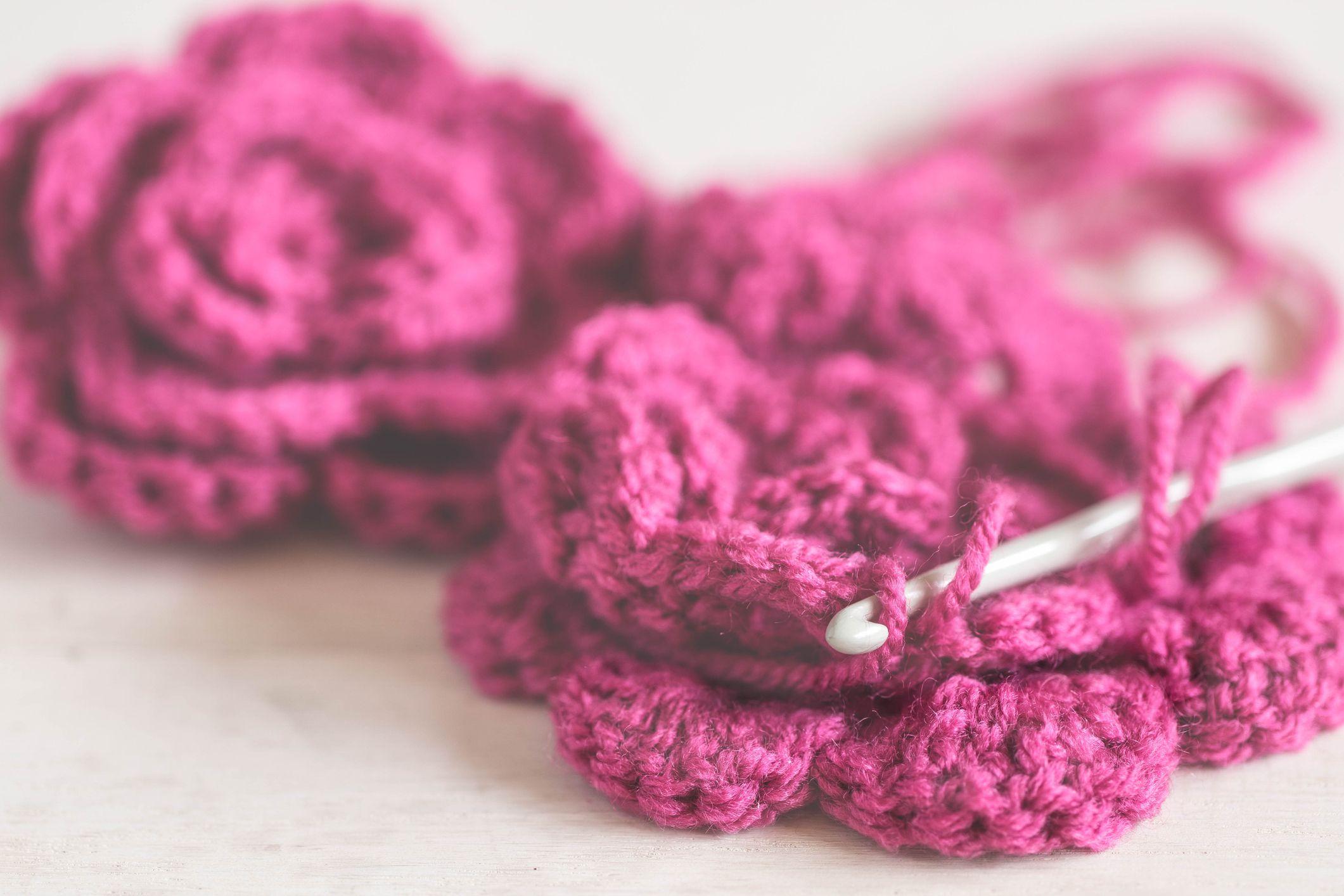 Crochet Crocheting Definition