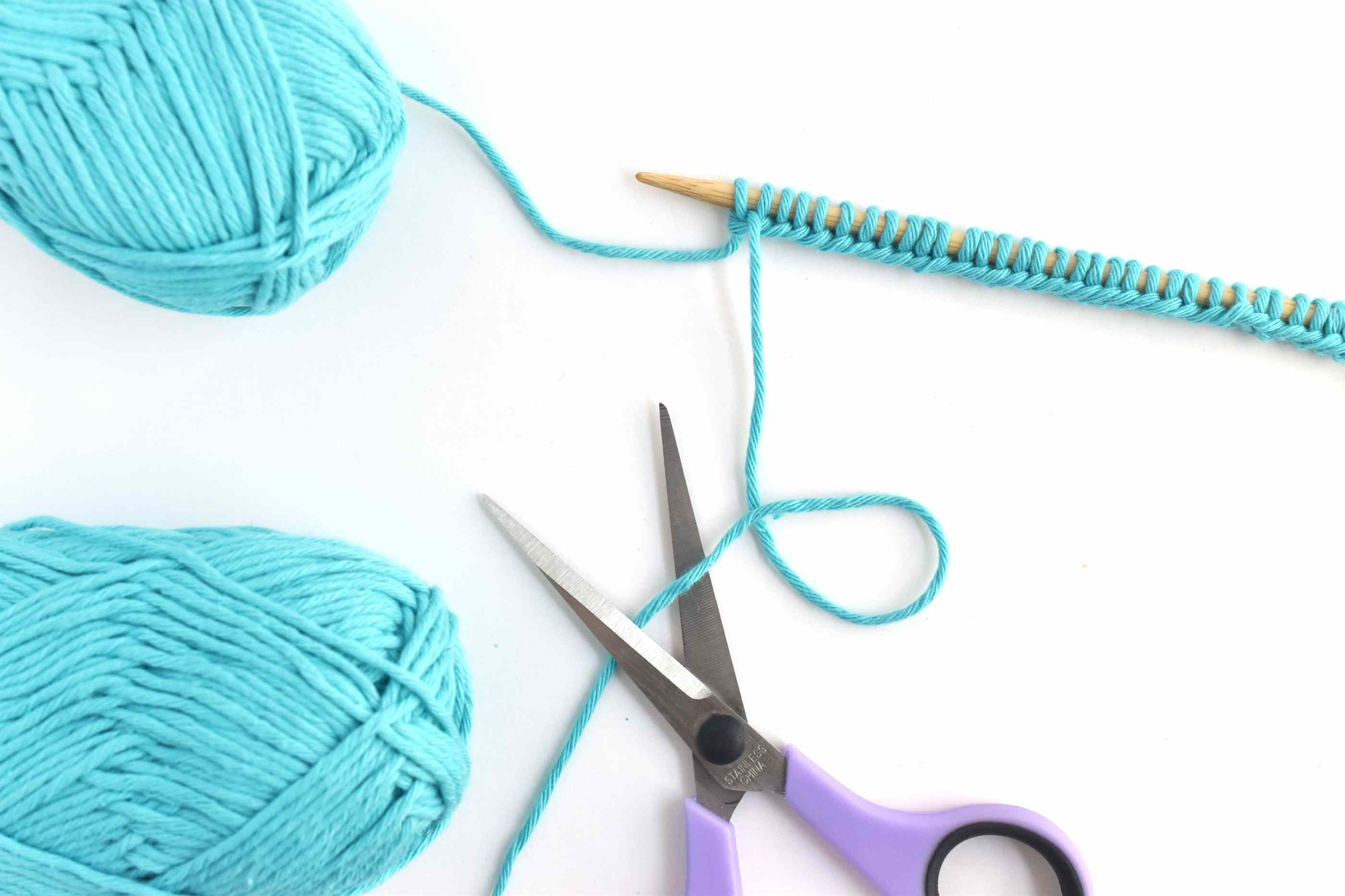Trim the Front Strand of Yarn