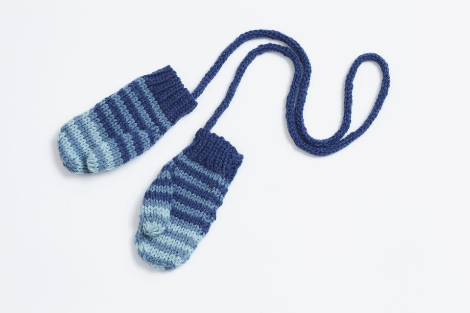 How to Knit Toddler Mittens