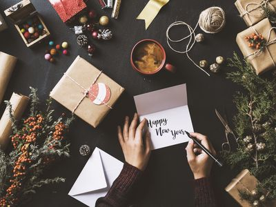 Send Warm Wishes With These Free New Year Cards