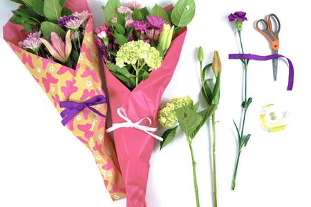 How to gift wrap fresh flowers like a pro mightylinksfo