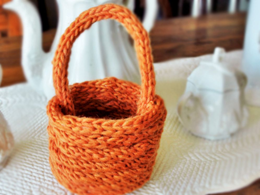 Finger Knitting Projects