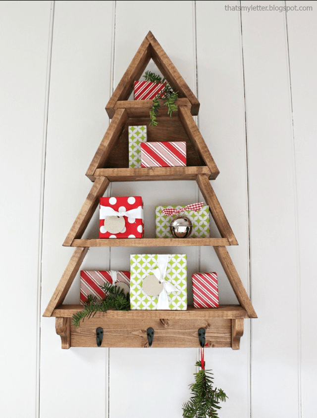 Picture of a wooden Christmas tree shelf