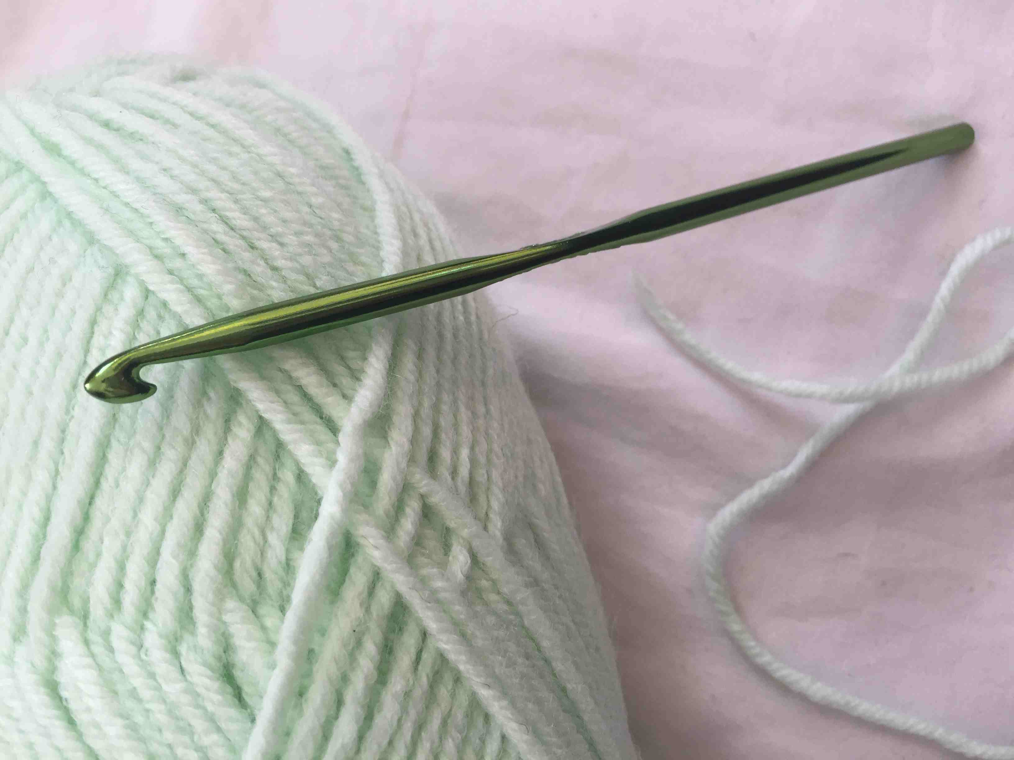 How To Crochet Half Double Stitch Hdc First Stich Slip Knot Diagram Yarn And Hook