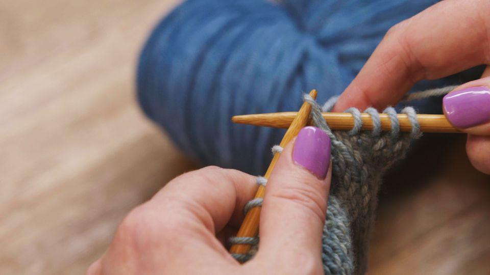 SKP knitting stitch