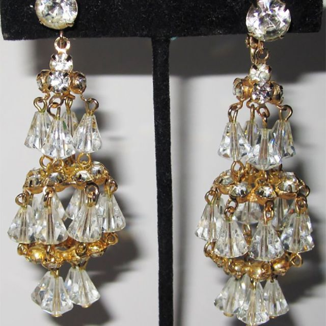 fb42bdb1d Identifying Antique and Vintage Earring Styles