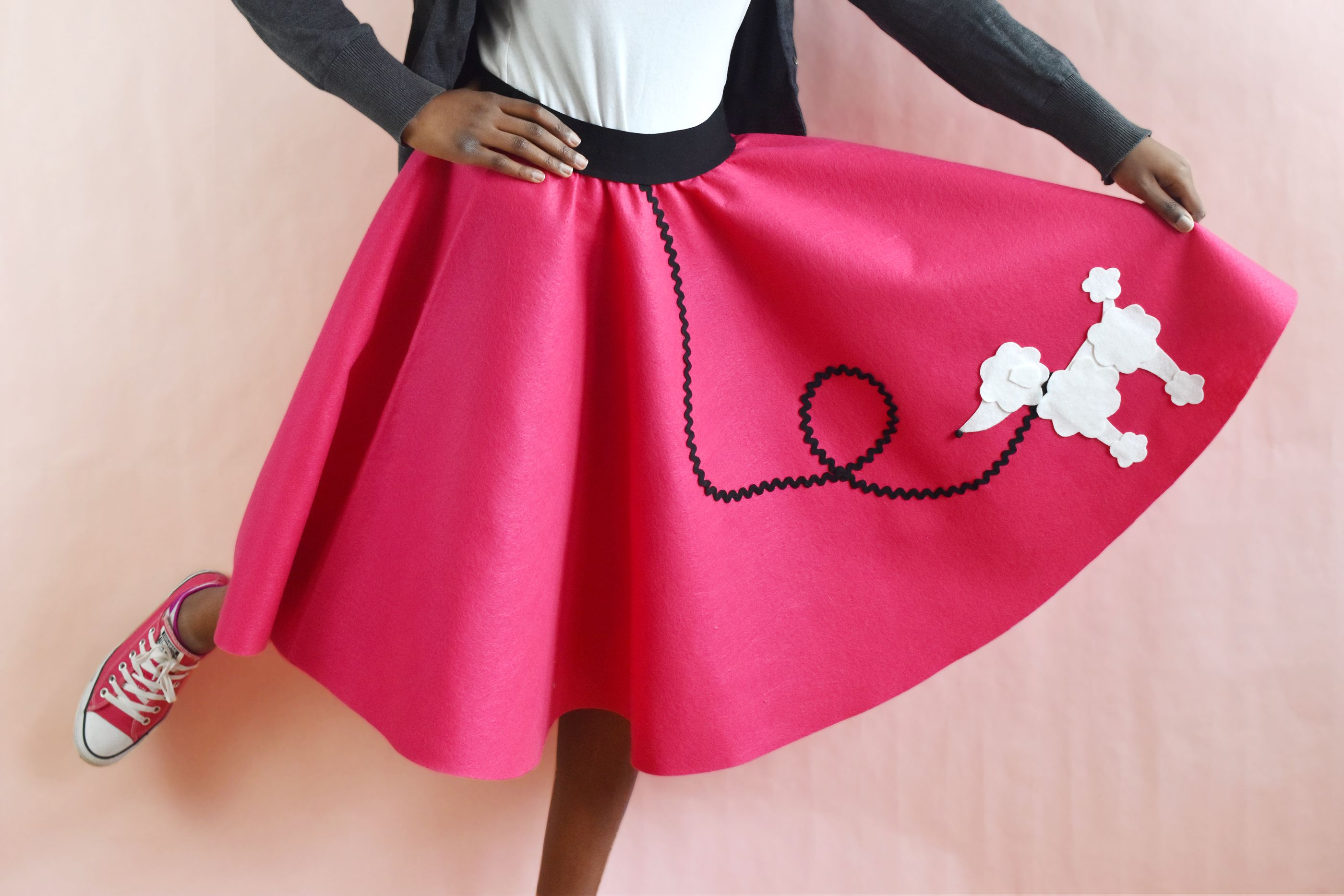 How To Make An Easy Sew Poodle Skirt