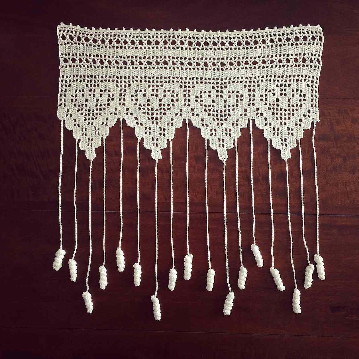 Lacy Hearts Flower Curtain Free Crochet Pattern