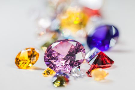 How to Tell If a Gemstone Is Real