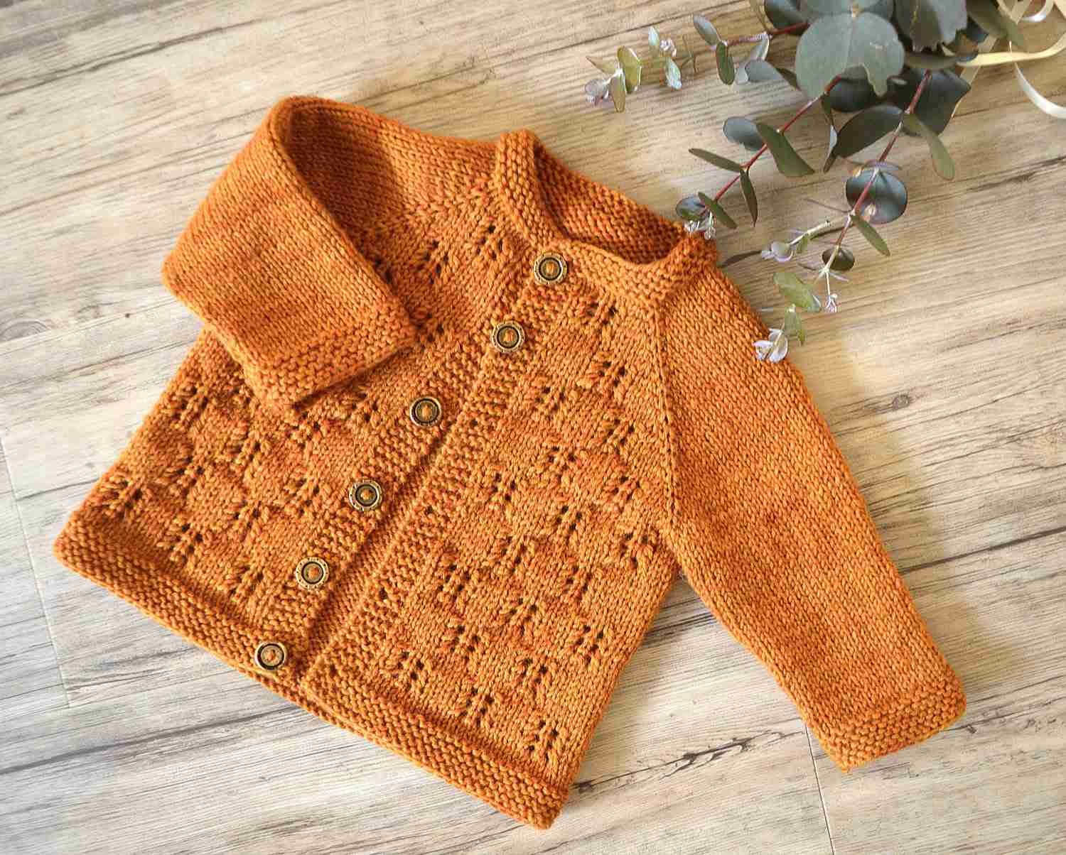 21600f102 25 Best Knitting Patterns for Baby Clothes   Accessories