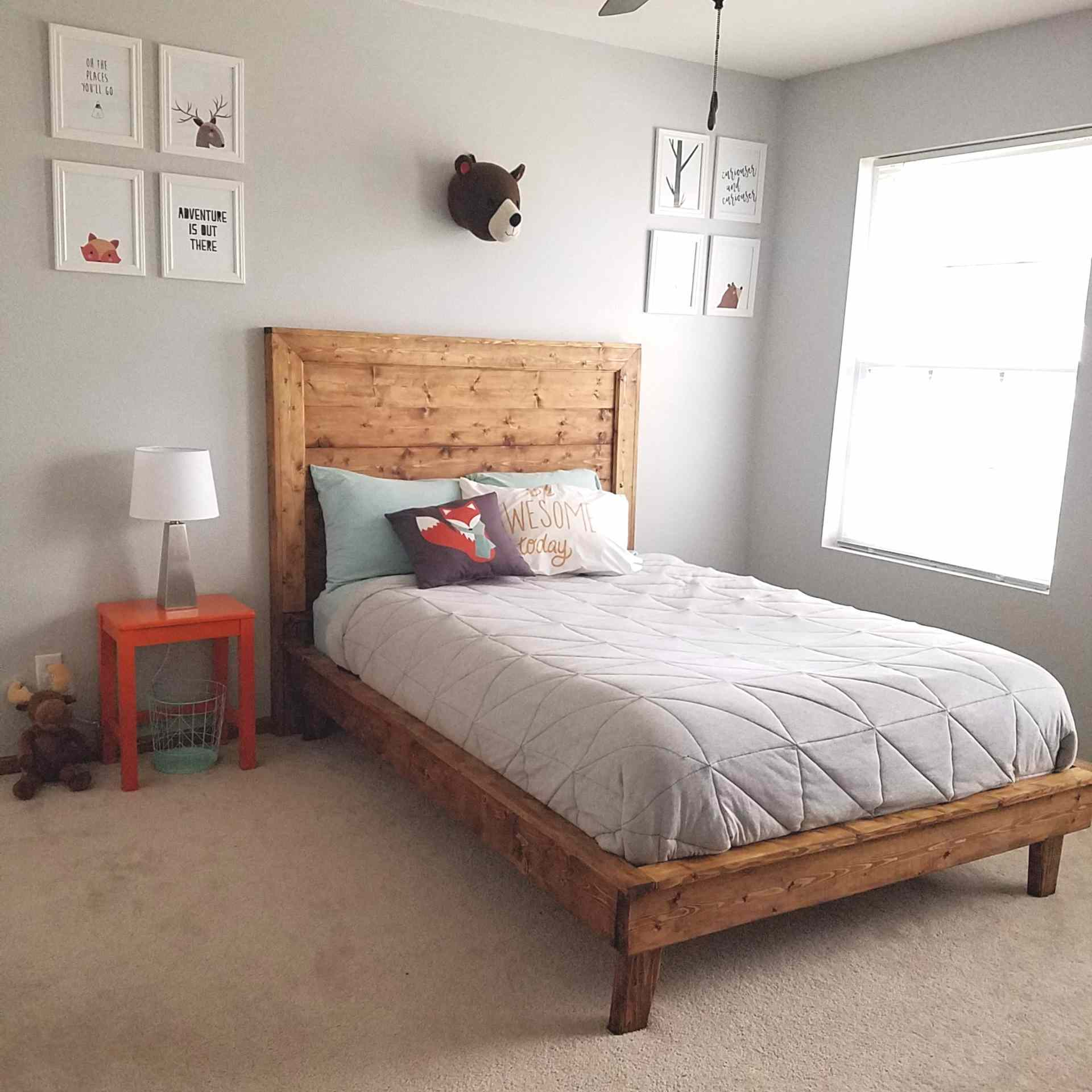 A platform bed in a child's bedroom