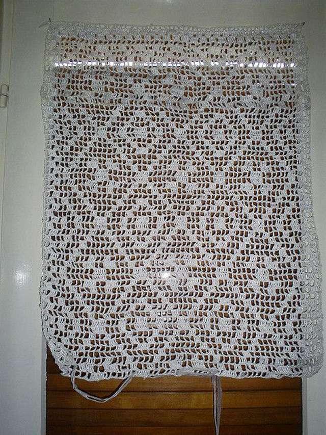 Simple Plarn Crochet Curtain Free Pattern