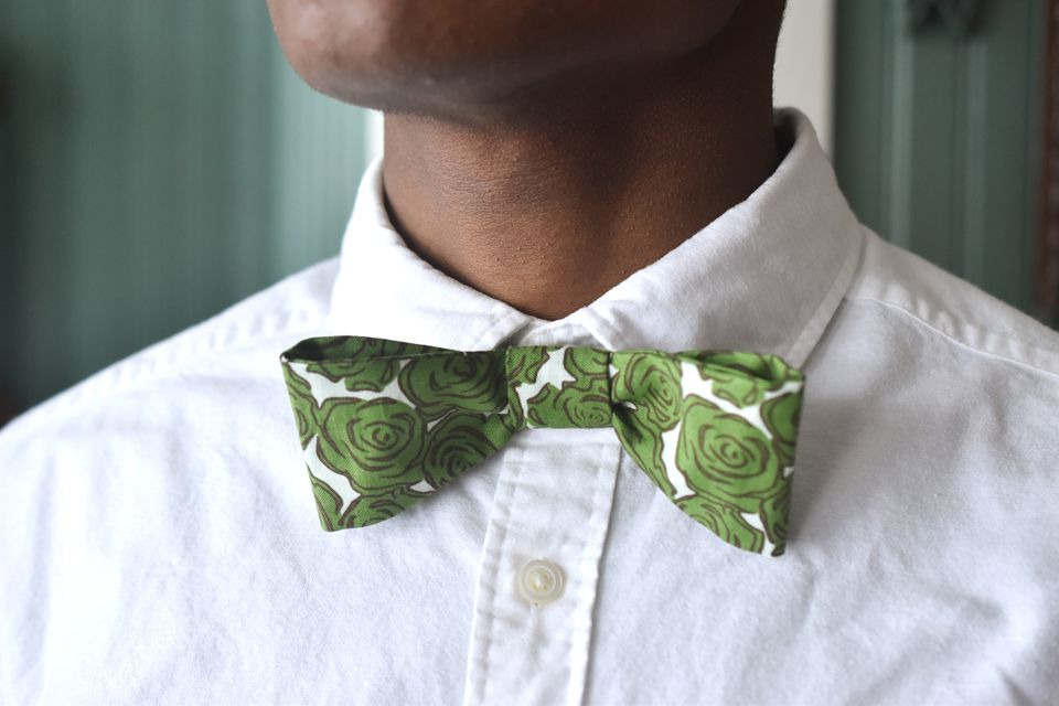 DIY Adjustable Bow Tie Close Up