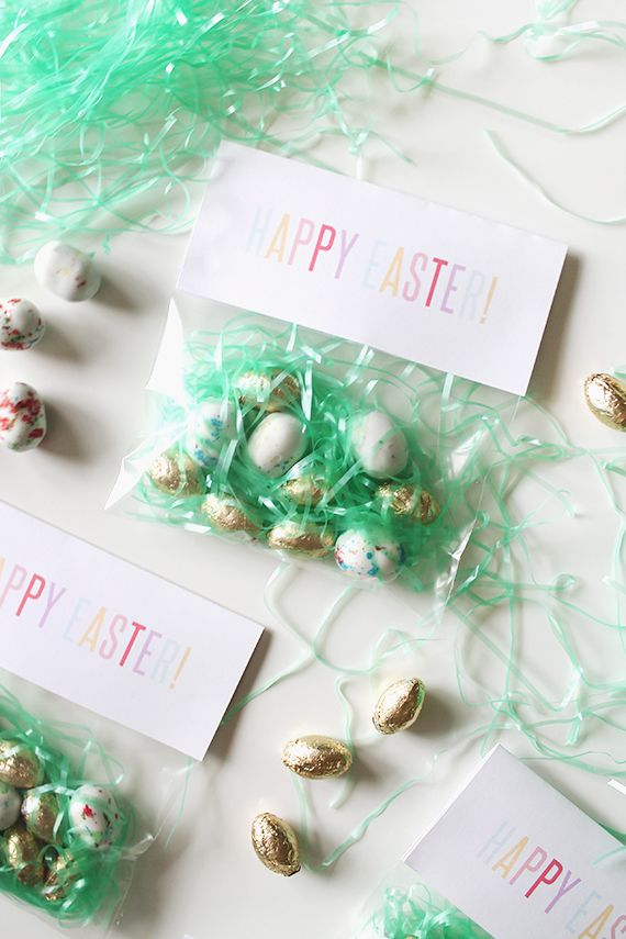 29 easter egg inspired diy ideas diy easter egg treat bags negle Image collections