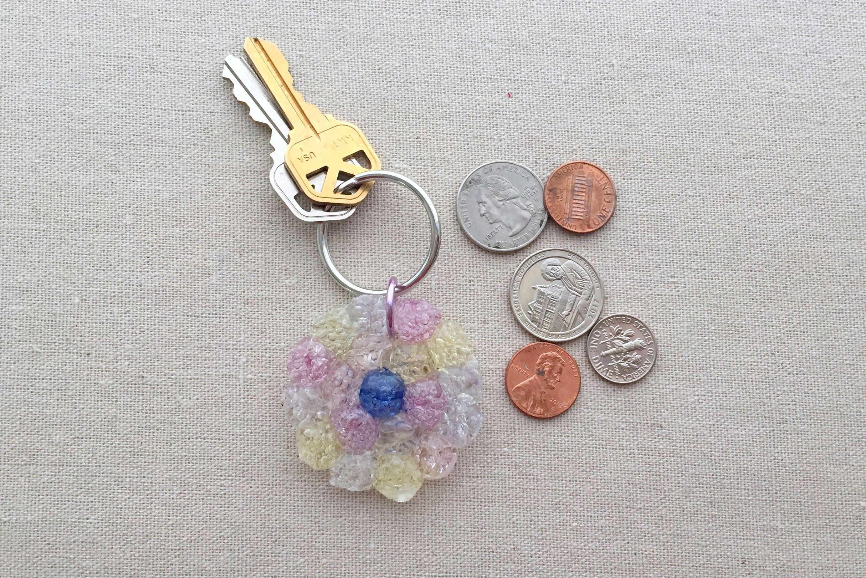 Crackle bead keychain
