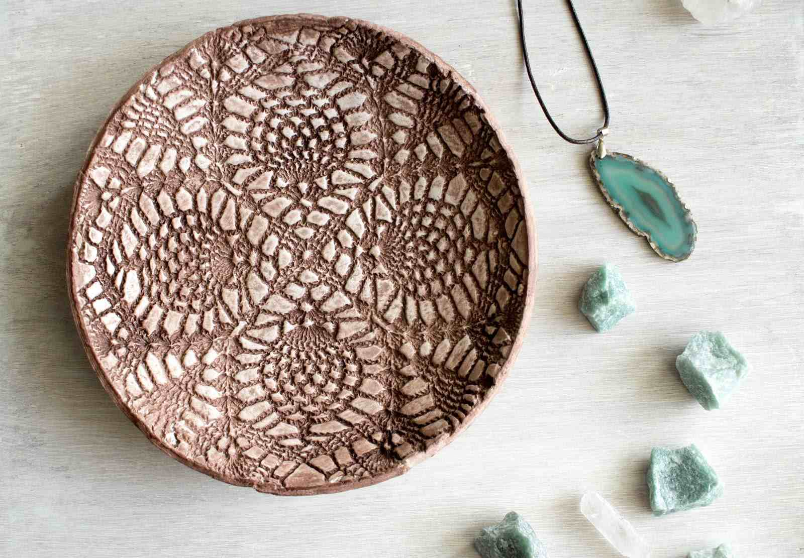 doily textured clay plate
