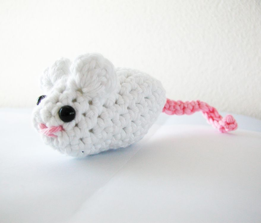 Crochet Mouse Toy For Your Cat